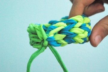 Bracelet_09_FingerWeaving7
